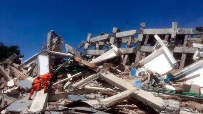 Tips dan Trik Saat Terjebak Reruntuhan Bangunan