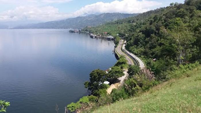 Pesona Danau Singkarak Lahir Akibat Sesar Sumatra