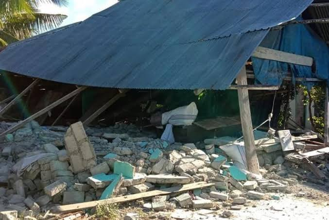 Menyelami Sejarah Gempa Halmahera