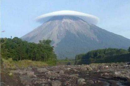 Jejak Perjalanan Sejarah Letusan Gunung Semeru Edisi 2000-an