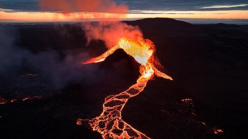 Asal Usul Kata Volcano